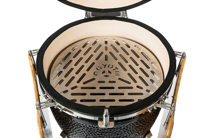 Coyote Asado Freestanding Ceramic Grill Cooking Area