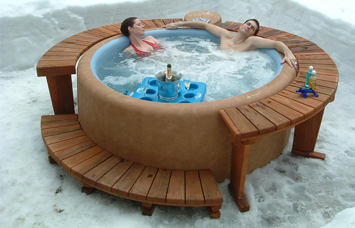 softub moveable hot tub jebiga design lifestyle. Black Bedroom Furniture Sets. Home Design Ideas