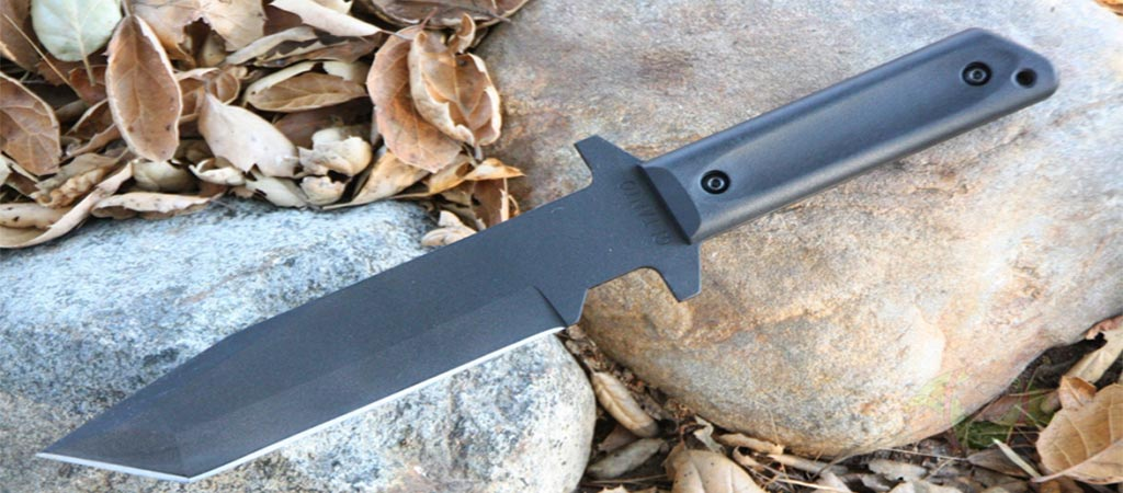Cold Steel GI Tanto on Rocks