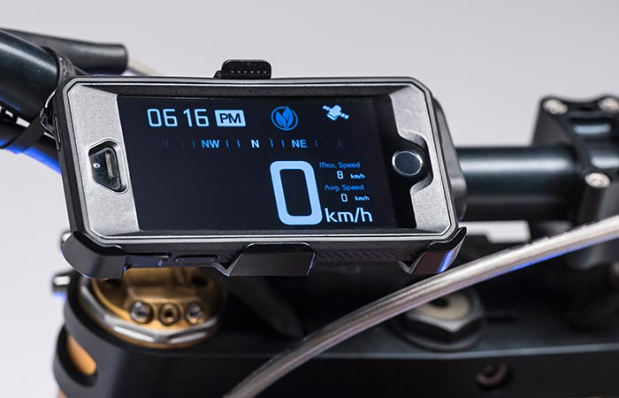 Aero E-Racer iPhone dashboard