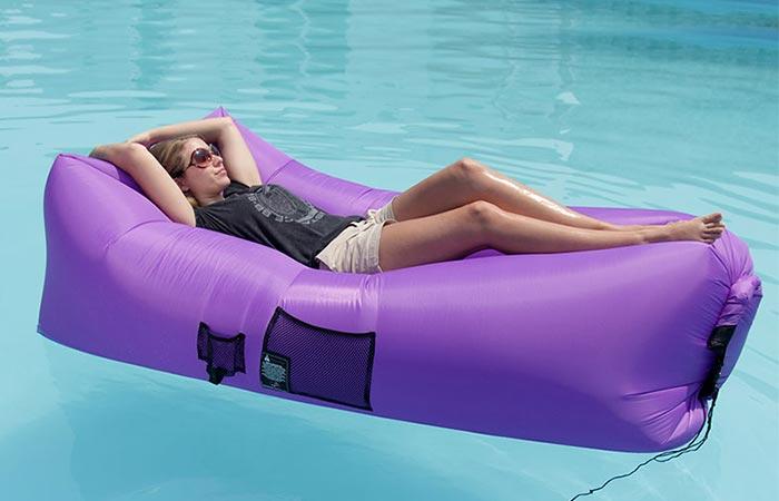 a girl in the swimming pool on WooHoo 2.0