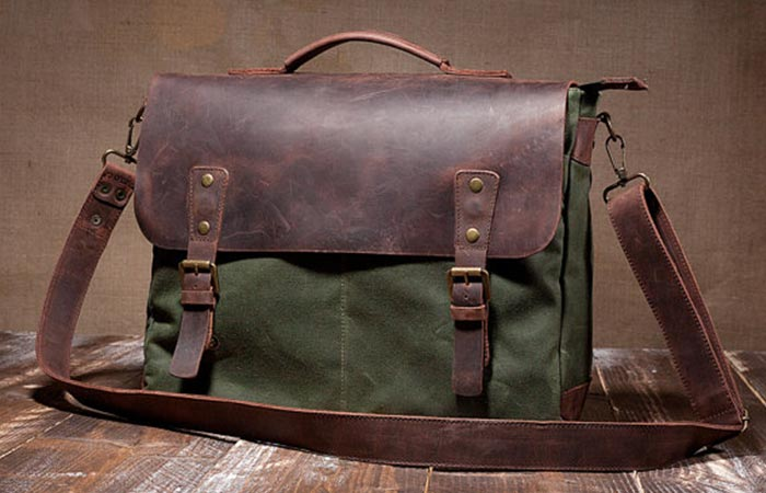Tram21 green Messenger Bag