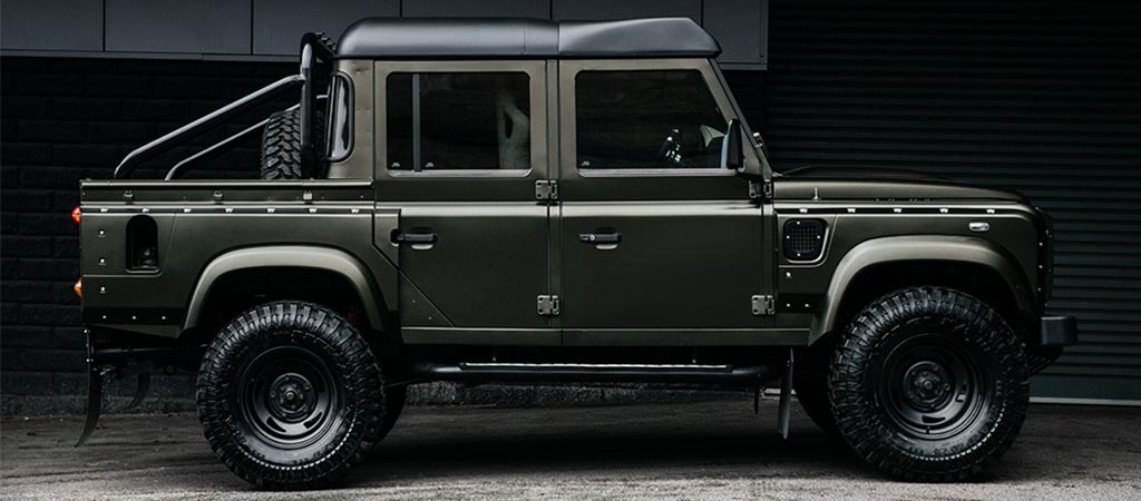 Project Kahn Land Rover Defender side view