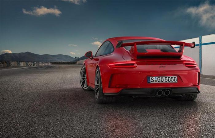 Rear view of the 2018 Porsche 911 GT3