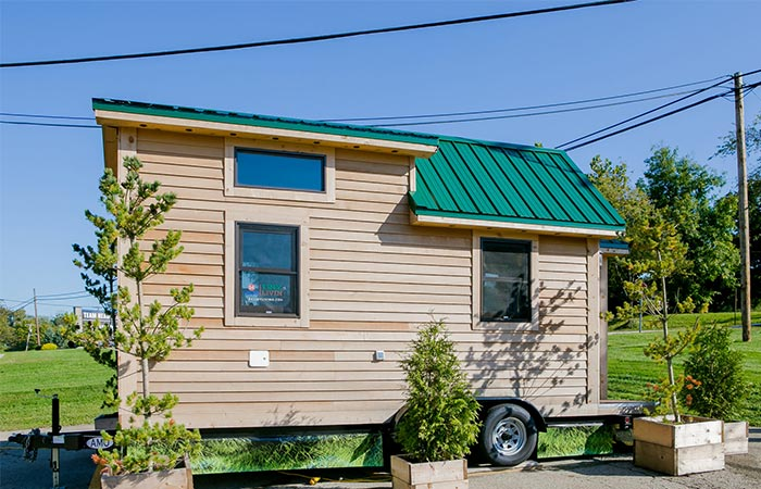 84 Lumber Roving House