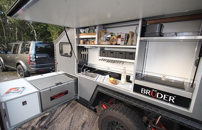 Bruder EXP 6 kitchen
