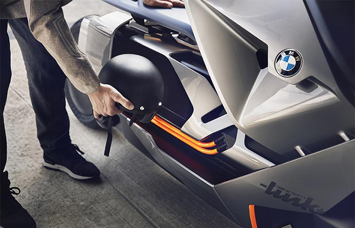 putting a helmet into BMW Concept Link
