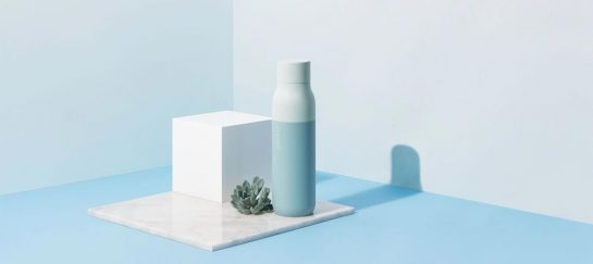 The QUARTZ Bottle – UV Light Self-Cleaning Water Bottle