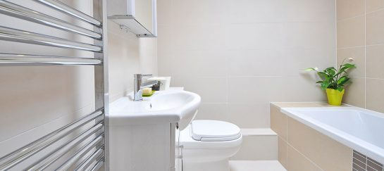 How to Optimize Lighting for 3 Common Bathroom Layouts