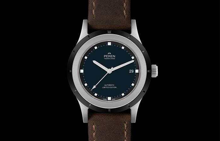 Peren Nera Neo Vintage Watch